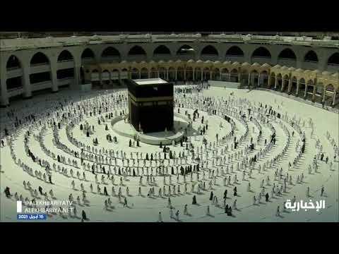 بالفيديو .. المصلون يؤدون أول جمعة في رمضان بالمسجد الحرام