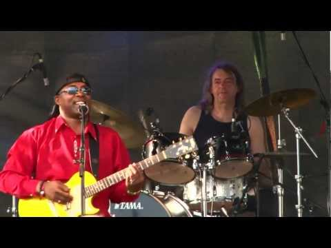 "Papa Africa & Band ""Freedom"" Dragonfield Open Air 2012"
