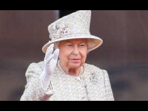 La reine d'Angleterre Elisabeth II est déjà de retour à Windsor après son hospitalisation