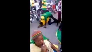Baikoko Live! CCM wacheza Kigodoro na mchezo mbaya barabarani