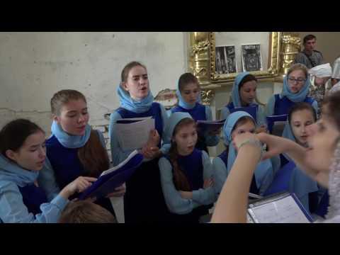Детский хор в Преображенском храме. Видео 2