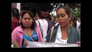 preview picture of video 'Protesta contra el Centro de Salud en Poza Rica'