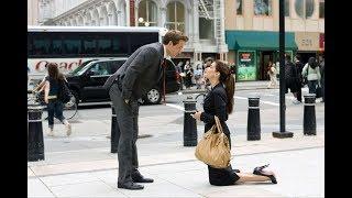 职场女魔头当街下跪求婚男下属,却没想到下属竟是超有钱的富二代