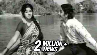 Rajnikanth, Kamal Haasan  Sridevi - Vasantha Kala Nadigalile - Moondru Mudichu