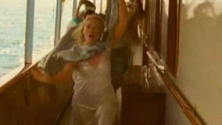 "Extrait - Chanson ""Money, Money, Money"" par Meryl Streep, Julie Walters & Christine Baranski"