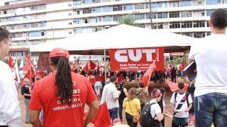 preview picture of video 'Manifestação pela democracia reúne mais de 2000 pessoas em Brasília'