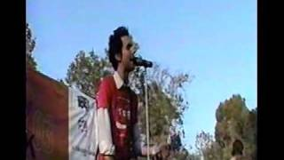 Maroon 5 - Must Get Out (Live at Free San Jose show 06/05/2003!)