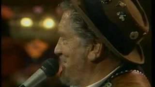Boxcar Willie. Hank Williams medley.
