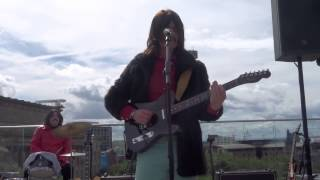 Old Brown Shoe (ROOFTOP SHOW), Them Beatles