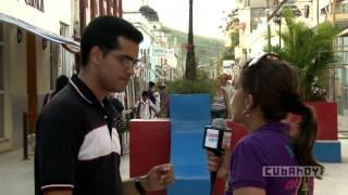 preview picture of video 'En Holguín: recorriendo la ciudad y enviando un mensaje al mundo'