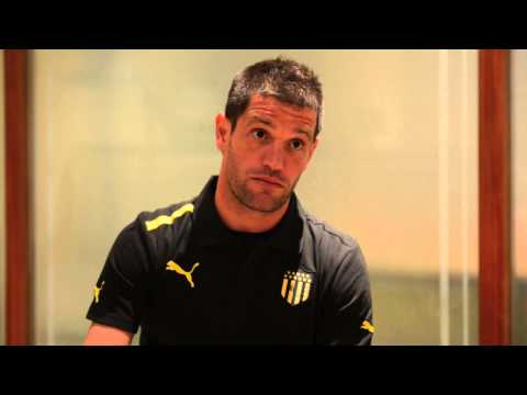 El video de la entrevista completa al último gran ídolo de Peñarol.