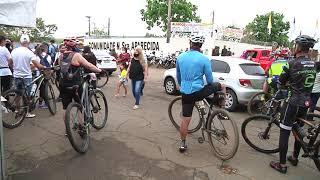 No Dia de Nossa Senhora Aparecida voluntários promovem passeio ciclístico para arrecadar donativos