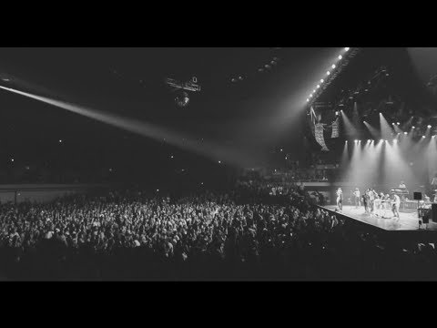 Bruno Mars - Moonshine Jungle Tour 2014 (Hooligans In Hawaii)