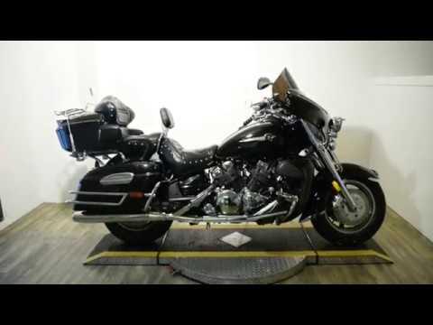 2004 Yamaha Royal Star® Midnight Venture in Wauconda, Illinois