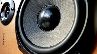 What is a 2.5 way speaker?