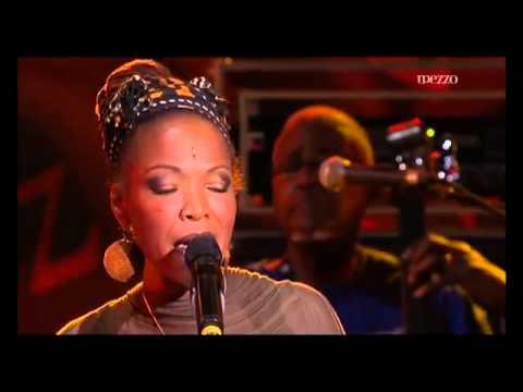 """Ćerka Nine Simon peva na """"Nišvilu"""""""