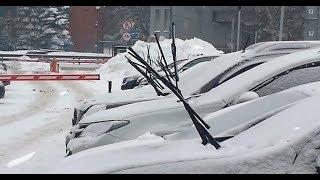 Не поднимайте дворники на автомобиле зимой