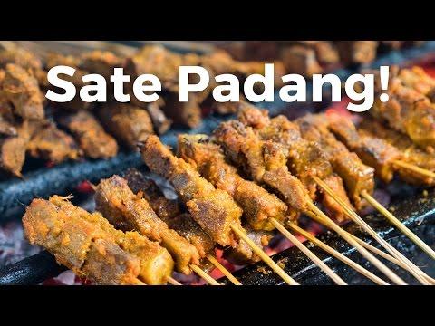 Video Sate Padang Ajo Ramon - Indonesian Street Food in Jakarta!