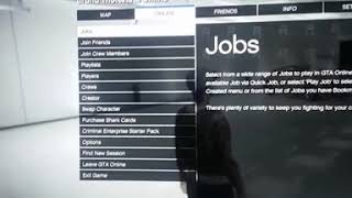 Gta v online 2019-2020 how to invite people on a crew