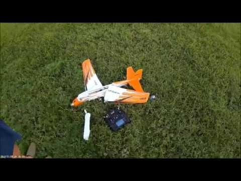 eflite-v900-pnp-4s-maiden--crash