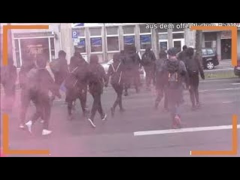 Wuppertal, Germany: Autonomous May Day demonstration in Oberbarmen district sets colorful accents [Report and video]