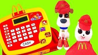The Secret Life of Pets Movie Max & Gidget Work at McDonald's! Blind Bags & Cash Register