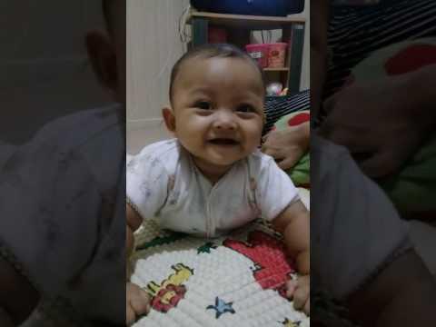 Video My hero 5 bulan udah mau tumbuh gigi , lincah terus gemesin aksinya . #babysmart#babycute