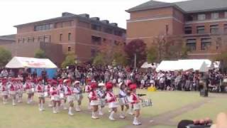 "Cutest Marching Band Playing Arashi's ""Troublemaker"""