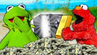 Kermit the Frog and Elmo find $1,000,000 of BURIED TREASURE!
