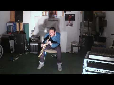Smooth ibi Learning to Play Saxophone 29092019 3