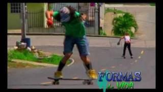 preview picture of video 'Longboard Chorrera @ Formas de vida Capítulo 4  parte 1 de 2.wmv'