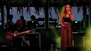 Monica Maranillo - Hallelujah De Leonard Cohen (live Cover)