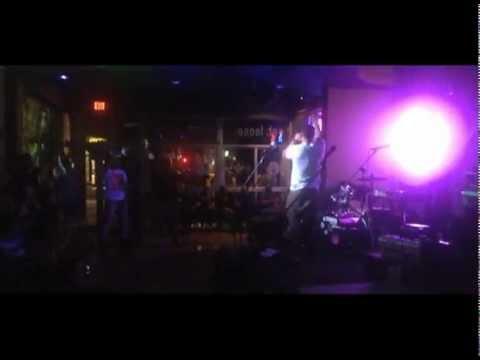 DaGO GiL - FREE DaGO Tour Live Performance @GOOSE 2013