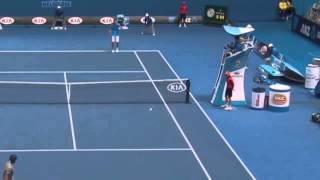 Прикол. Теннис  Попал  в судью