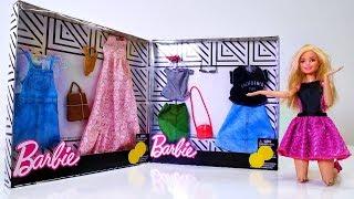 Vídeos de Barbie. Muñeca compra la ropa. Juguetes para niñas.
