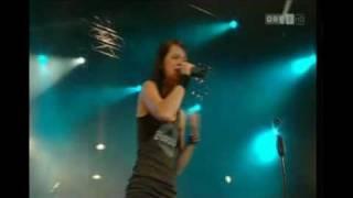 Christina Stürmer & Band  -  Um bei dir zu sein