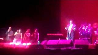 Al Green Stay With Me (By The Sea) O2 Arena june 27 2010