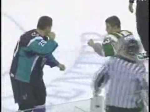 David Simoes vs. Neil Poulsen