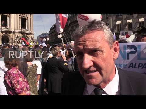 France: Lawyers, doctors and pilots protest against planned pension reform