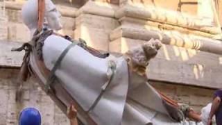 Statue am Petersdom