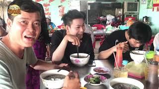 Khương Dừa mời mọi người ăn phở ngon nhất Bình Chánh để có sức.... nhảy sông!!!