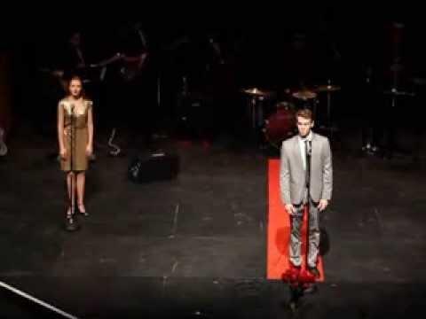 Jake Owen singing That's Life.