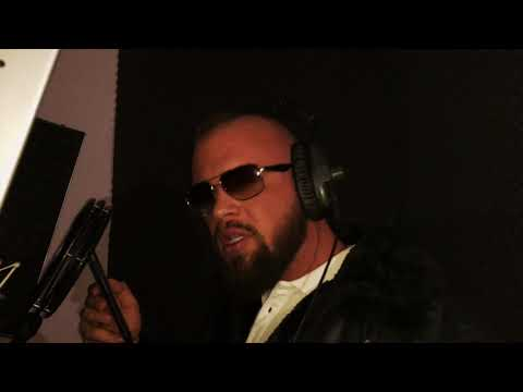 KOLLEGAHs LYRIK LOUNGE #19 - Der BILD Redakteur (prod. by phil fanatic & hookbeats)