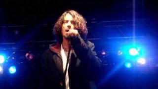 Chris Cornell & Wladimir Klitschko - Part Of Me (live in Berlin 2009)