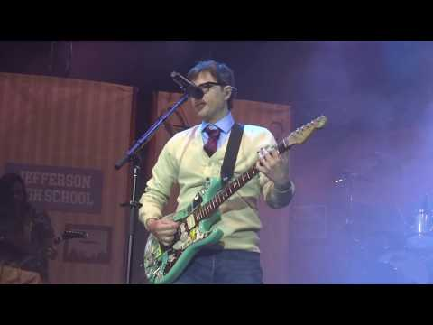 Weezer - Buddy Holly Live in The Woodlands / Houston, Texas