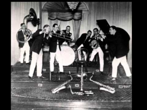 Johnny Bayersdorffer and his Jazzola Novelty Orchestra THE WAFFLE MAN'S CALL online metal music video by JOHNNY BAYERSDORFER