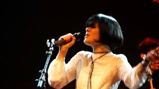 Bat For Lashes - Horses of the sun (Live in Milan, November 19th 2012)