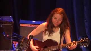 Ani DiFranco - Sorry I Am (live in San Diego)