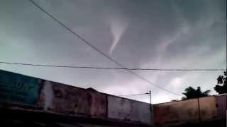 preview picture of video 'Puting beliung di sukoharjo'