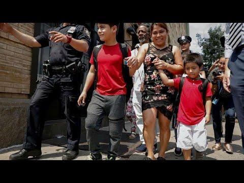 العرب اليوم - الحكومة الأميركية تمول لم شمل المهاجرين مع أبنائهم